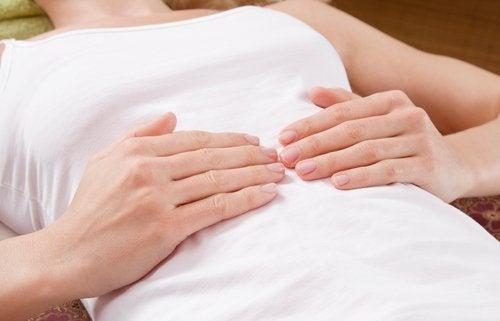 Apendicita provoacă dureri abdominale acute
