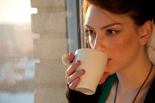 Trebuie să consumi ceai de păpădie seara