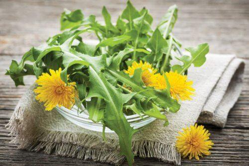 Include 7 diuretice naturale în dieta ta zilnică!