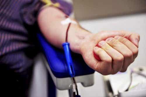 Cum să devii donator de măduvă osoasă