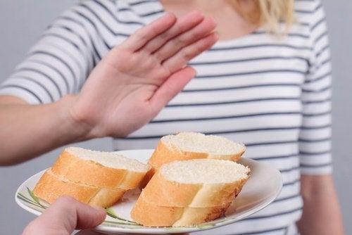 Menstruațiile neregulate pot fi consecința unor alergii alimentare