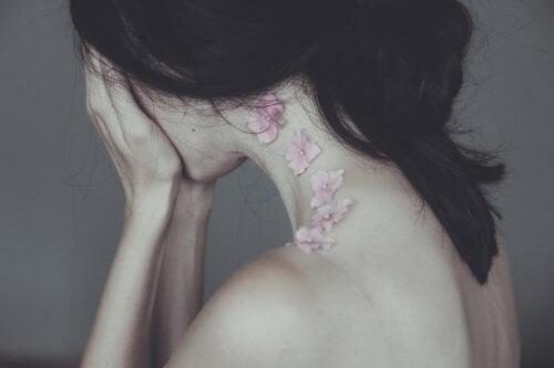 Dacă refuzi să plângi, te vei simți mult mai rău