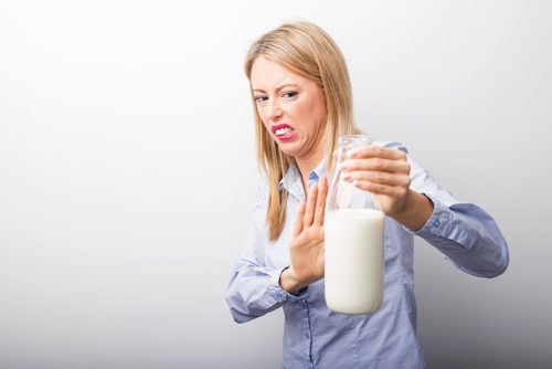 Există mai multe teste pentru a detecta intoleranța la lactoză
