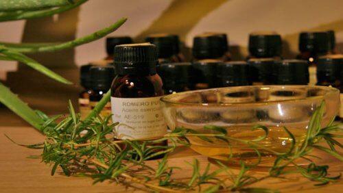 Anumite uleiuri esențiale ameliorează afecțiunile musculo-scheletice