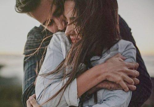 Îmbrățișările îți îmbunătățesc sănătatea emoțională