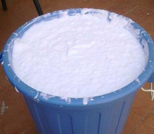 Avantajele utilizării unui detergent din ingrediente reciclate