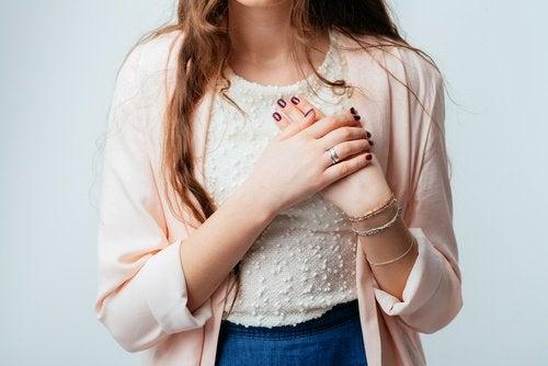 Nevoia de tratament pentru cancerul pulmonar la femei