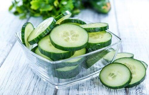 Castraveții sunt alimente care elimină toxinele