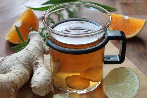 Ceaiul de ghimbir tratează infecțiile