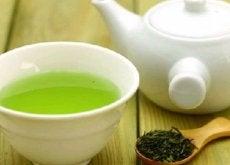 Ceaiul verde reprezintă o băutură foarte sănătoasă