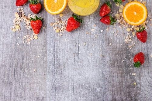Combate alopecia cu un smoothie de căpșuni