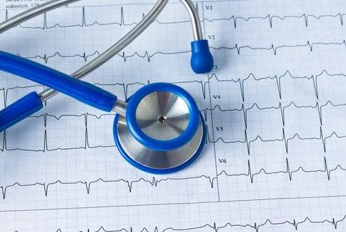 Din ce în ce mai multe persoane suferă de diabet și hipertensiune