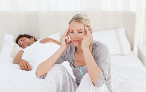 Durerile de cap matinale și deshidratarea