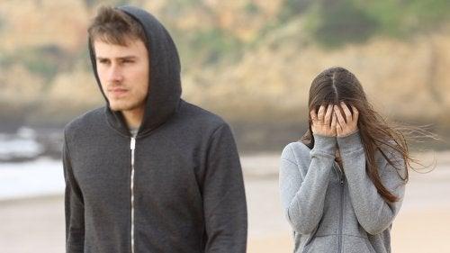 Deși este greu, infidelitatea poate fi depășită în cele din urmă