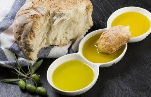 Pâine cu ulei de măsline – combinația ideală