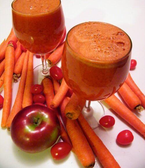 Smoothie-uri cu morcovi și mere