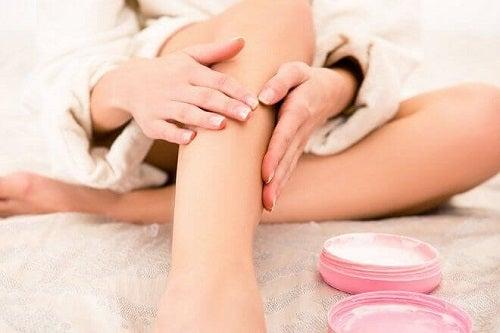 Printre altele, uleiul de magneziu te ajută să tratezi durerile de picioare