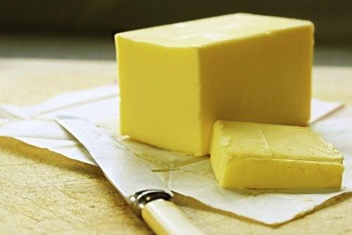 Untul și margarina pot fi congelate