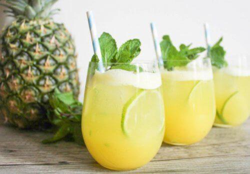 Apa de ananas – beneficii incredibile
