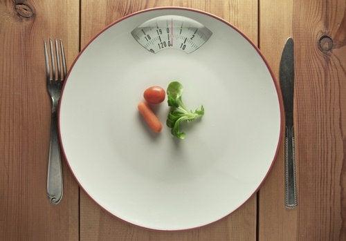 Dietele foarte stricte nu te ajută să slăbești în mod sănătos