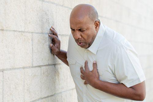 Anumite simptome indică faptul că suferi un infarct miocardic