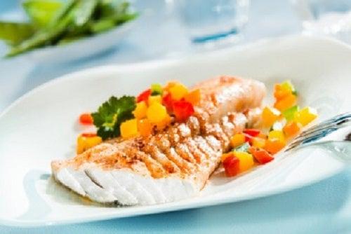 Dacă vrei să mănânci sănătos, servește mai multe mese mici pe zi