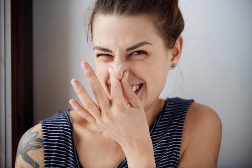 Alimente responsabile de mirosul neplăcut al corpului