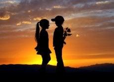 Prima iubire îți va influența semnificativ viața
