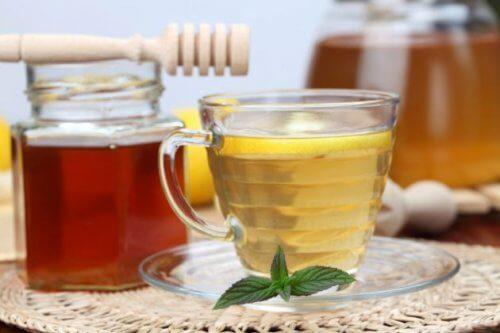 Remediu contra celulitei cu miere
