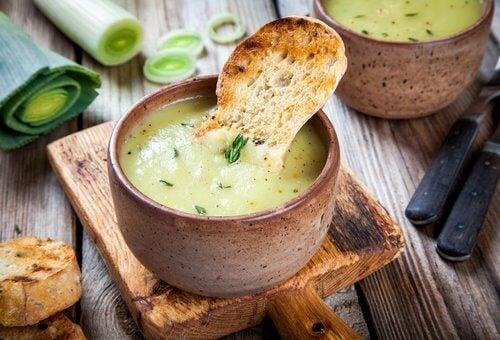 Cum să arzi grăsimea cu supe delicioase