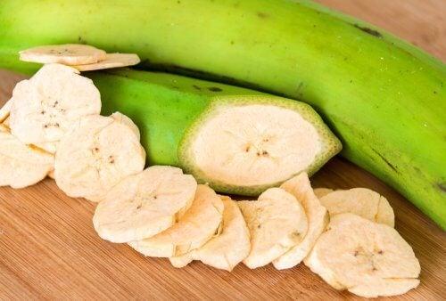 Printre altele, bananele plantain verzi sunt benefice pentru inima ta
