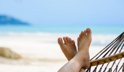 Beneficiile vacanțelor precum mărirea nivelului de energie