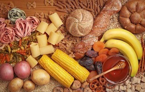 Carbohidrații trebuie consumați cu moderație în curele de slăbire