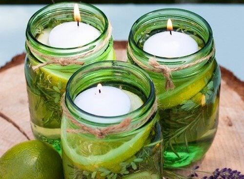 2 tipuri de lumânări parfumate care alungă insectele