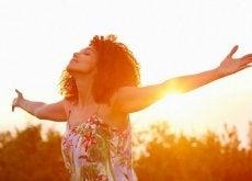 Printre altele, oamenii fericiți au o stimă de sine ridicată