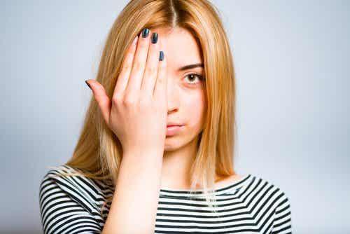 Cearcănele și pungile de sub ochi - 10 remedii