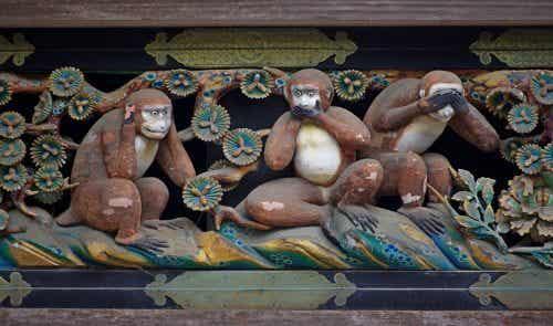 Cele trei maimuțe înțelepte – lecția din spatele imaginii