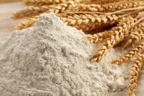 Grâu cu gluten pe lista de alimente care afectează intestinele