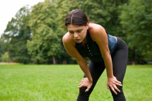 Scleroza multiplă are simptome ce îți pot afecta echilibrul