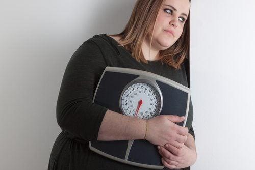 Sindromul ovarelor polichistice poate declanșa sindromul metabolic