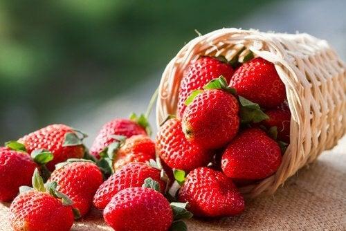 Smoothie cu ovăz și căpșuni