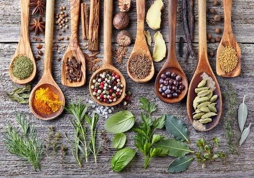 Înlocuiește sarea cu condimente pentru a-ți îmbunătăți sănătatea inimii