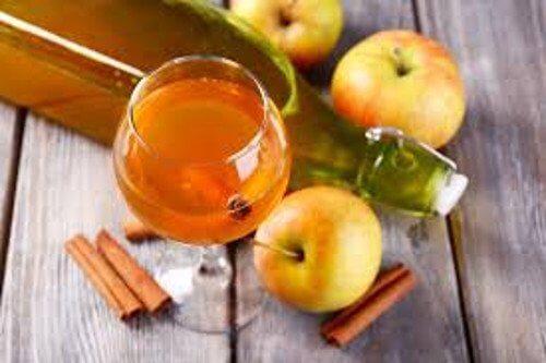 Oțetul din mere – 8 beneficii ale consumului zilnic