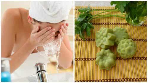 Săpun natural cu pătrunjel pentru petele de pe față