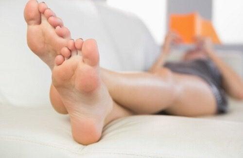 Problemele picioarelor distrug aspectul estetic