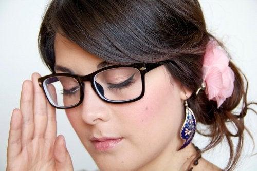 Reguli de respectat pentru îngrijirea corectă a ochelarilor