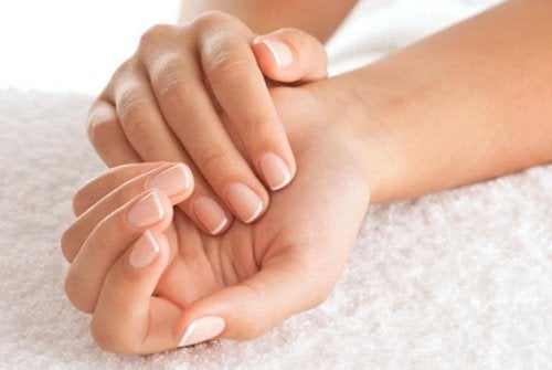 Remediu pentru unghii și sfaturi utile