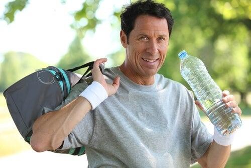 Transpirația influențează pierderea în greutate dacă facem efort