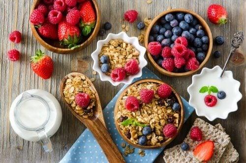 O alimentație echilibrată ajută la combaterea durerilor musculare