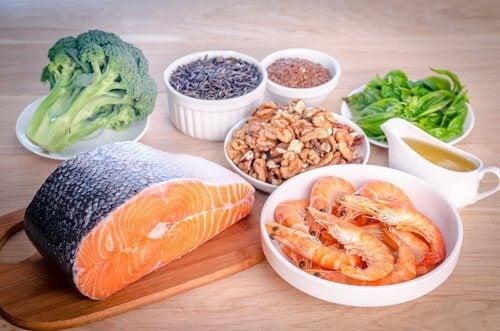 O alimentație corespunzătoare previne deficitul de acizi grași Omega 3